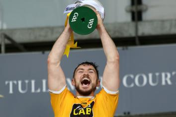 Antrim hurlers win promotion to top tier