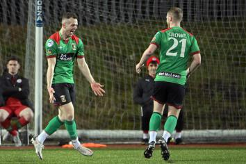 Glens leapfrog Coleraine to move into second place