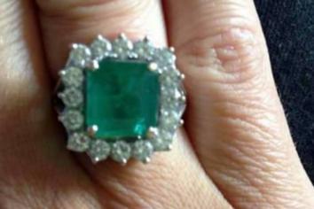 Mum's heartfelt plea for return of her stunning ring